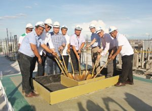 topping off TRYP May 2016_lo
